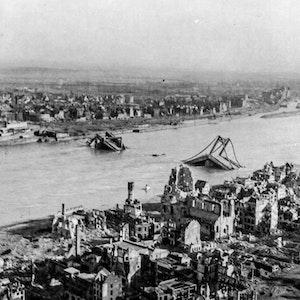 Köln in Trümmern 1945