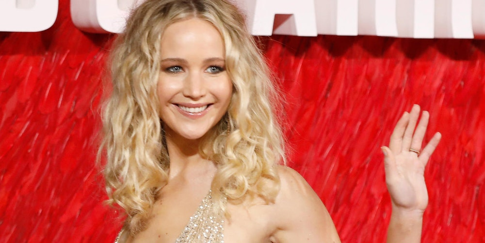 Sparrow jennifer lawrence nackt red All bed