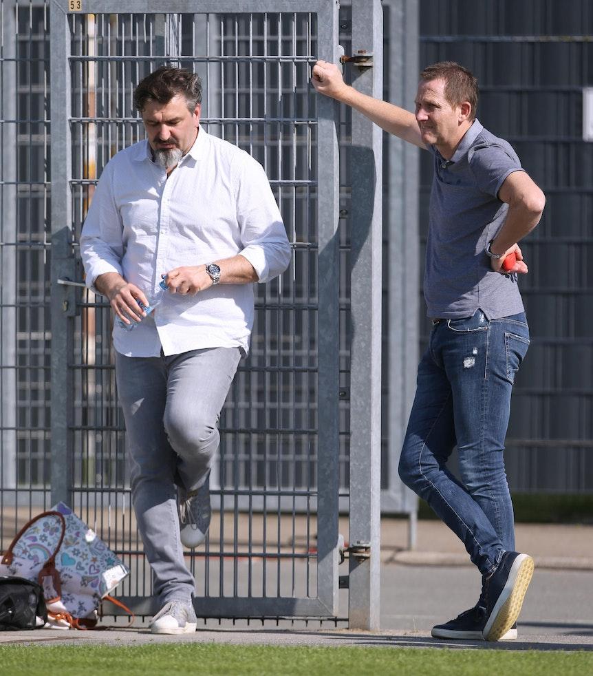 Fortuna Düsseldorfs Sportvorstand Uwe Klein (r.) mit Scout Goran Vucic.