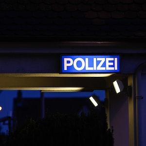 polizei wache schild