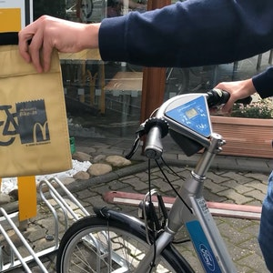 Macdonalds Fahrrad Drive-In Köln 1