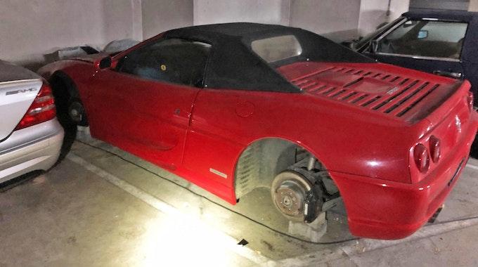 Reifen-Klau Ferrari