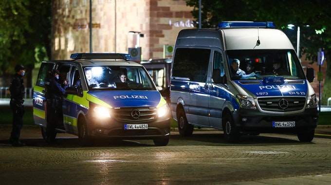 polizei einsatzwagen