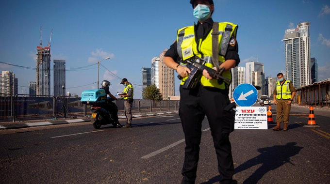 Israel Lockdown Polizei
