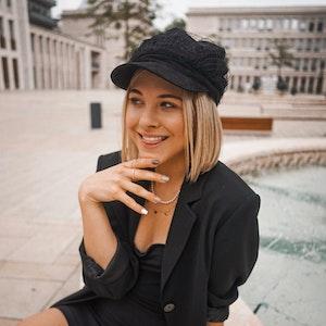 Diana_zur_Loewen