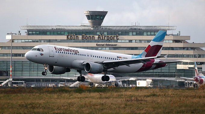 Eurowingsmaschine am Flughafen Köln/Bonn.