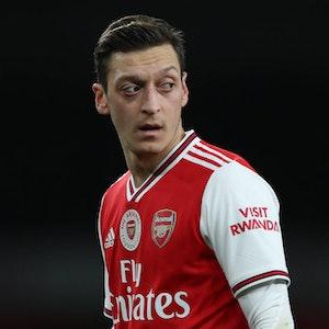 Mesut_Özil_Arsenal_Wut