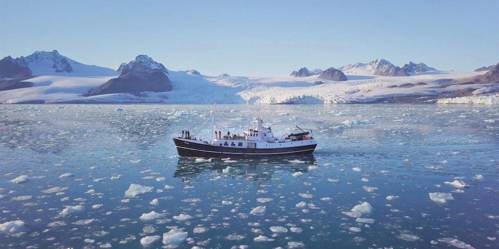 05 Spitzbergen - Fah_rchs Eis 300dpi