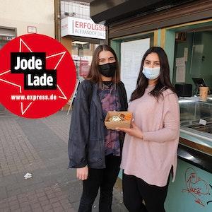 """Freda Kallen und Sarah Taleb vom """"Wallczka""""-Büdchen in Köln."""