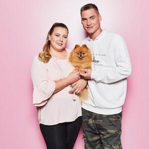 Sarafina und Peter Wollny sind Eltern von Zwillingen. Die Kinder wurden am 18. Mai 2021 per Notkaiserschnitt geholt.