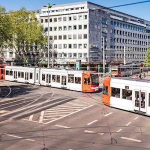 In einer KVB-Linie in Köln wurden antisemitische Flyer ausgelegt
