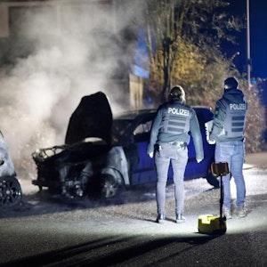 Autos brennen Köln