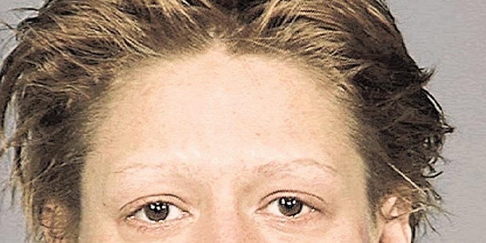 Durch die Droge Crystal-Meth wurde Jennifer innerhalb eines Jahres zum Wrack (siehe auch Galerie).