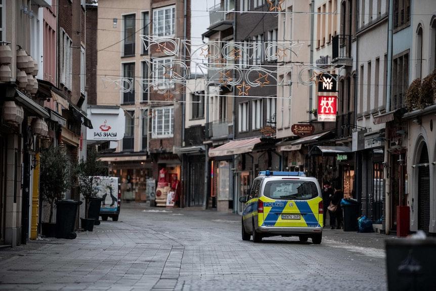 Polizeiwagen DÜ Altstadt