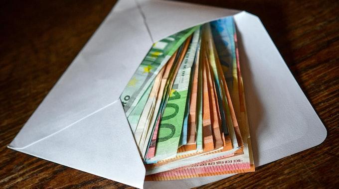 Bargeld_Umschlag_Euro