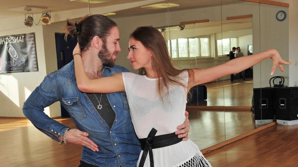 """Ekaterina Leonova und Gil Ofarim beim Training für die RTL-Show """"Let's Dance"""" 2017. Das Foto hatte """"Ekat"""", wie sie gern genannt wird, auf ihrem Instagram-Account gepostet."""