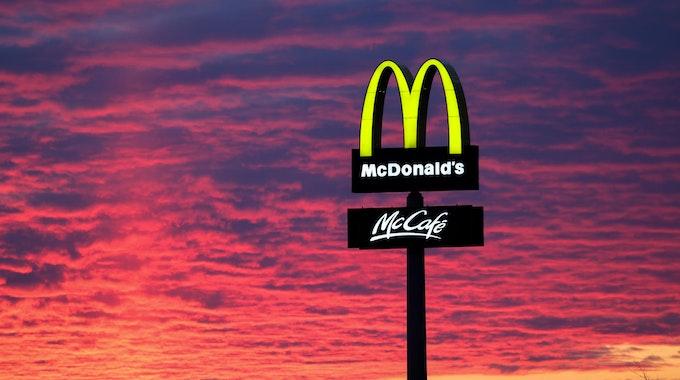 McDonaldsSymbol_Nacht