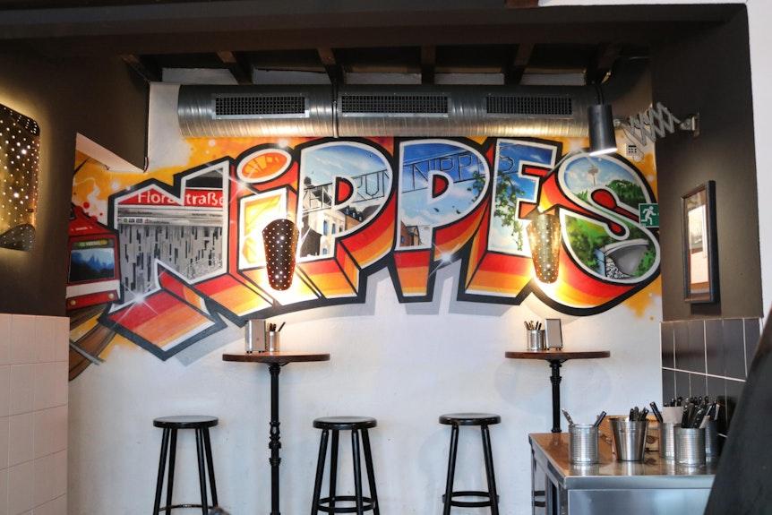 """Köln-Nippes: Das Burger-Restaurant """"Hornochse"""" ist beliebt im Veedel."""