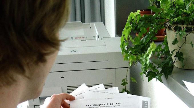 Staatskanzlei_Fax-Geräte