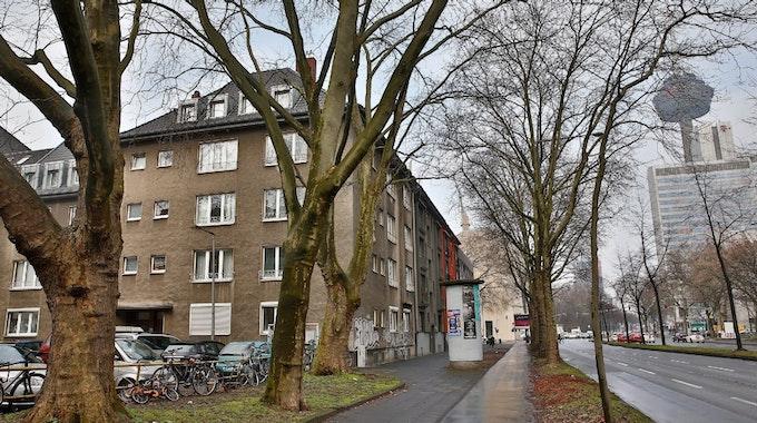 In diesem Haus, Stuppstraße 2, lebt Ex-Gauleiter Grohe ca. 1952/1953.