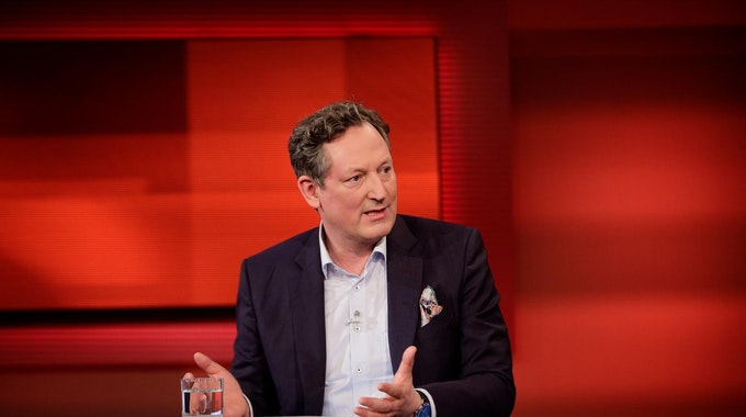 "Dr. Eckart von Hirschhausen diskutiert im Februar 2021 bei ""Hart aber Fair""."