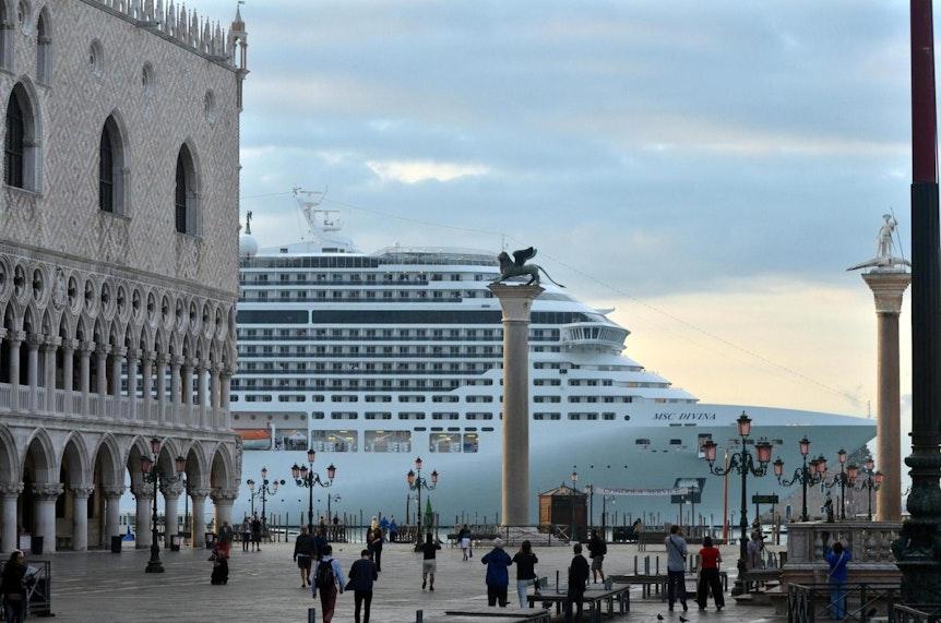 Venedig_Kreuzfahrtschiff