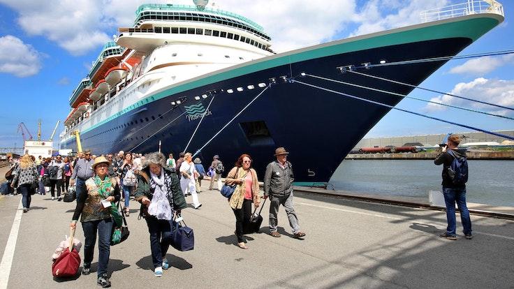 Kreuzfahrt Gäste dpa