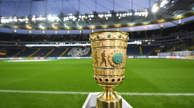 DFB Pokal Trophäe