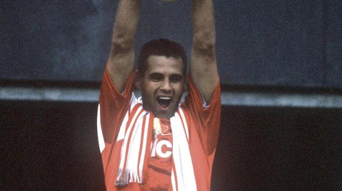 kirsten stemmt Pokal 1993