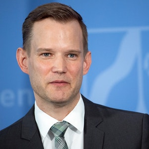 Hendrik Streeck (hier bei einer Pressekonferenz im April 2020 in Düsseldorf) plädiert für eine höhere Impfbereitschaft in Deutschland.