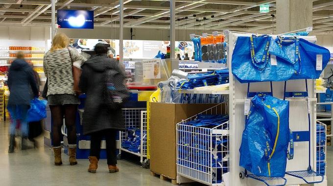 Ikea_blaue_Taschen